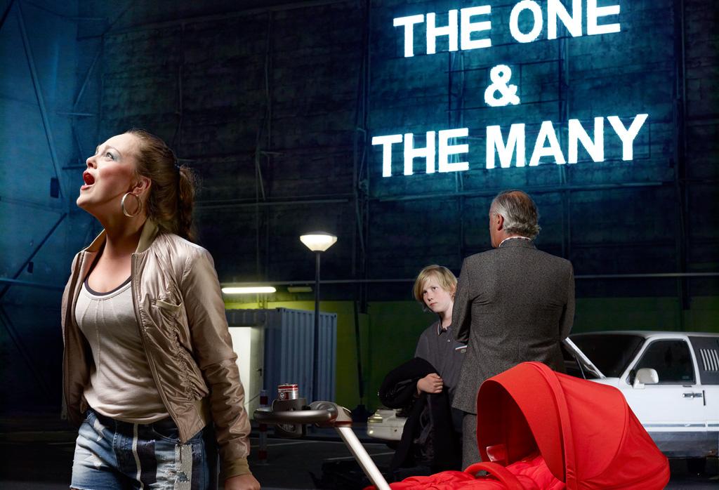 Sylvie Zijlmans & Hewald Jongenelis - 2011 - Wallpaper 150 editorial - 030